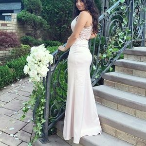 Light pink satin prom gown size 1 (juniors size)